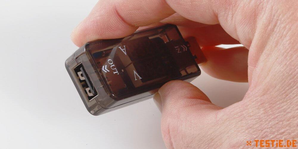 Der Dual LED Voltage Meter hat einen USB Ausgang